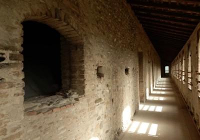 Castello di Varano - Camminamenti - escape - castle - castelli del ducato